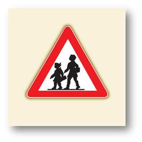 trafik tehlike uyarı işaretleri okul geçidi