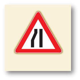 trafik tehlike uyarı işaretleri soldan daralan kaplama